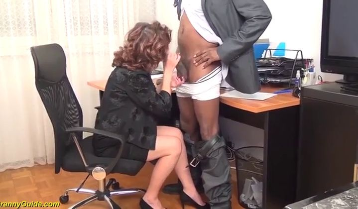 Hairy - Oldie Mayna May Tear Up Ebony Boy