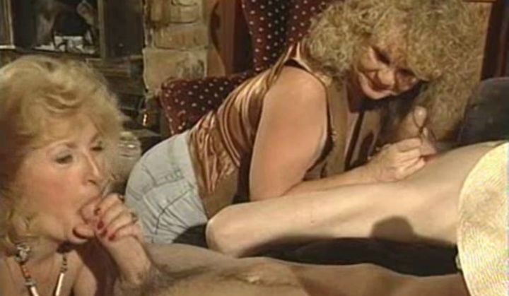 Kitty Foxx Fucked In Vintage Sexing