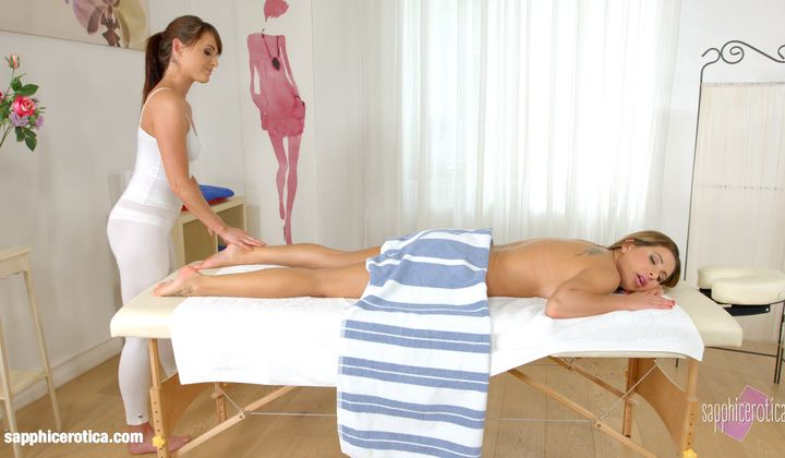 1080p - Magic Massage By Sapphic Erotica Sensual Erotic Lesbian P…